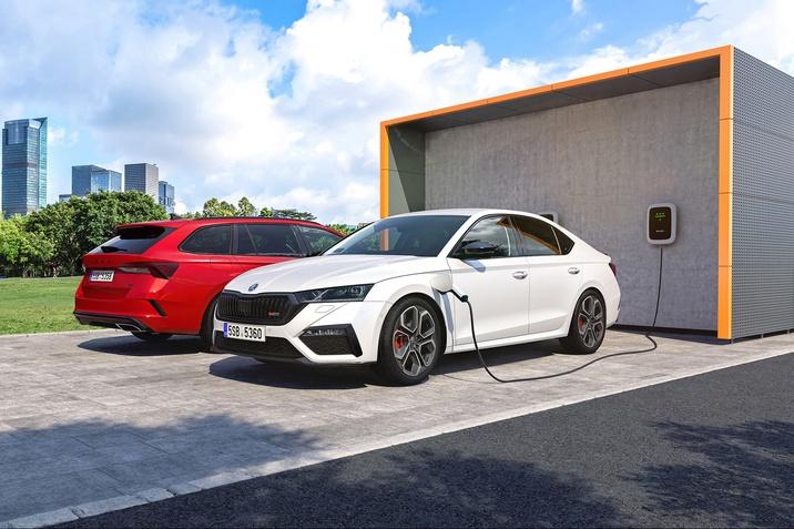 Der neue SKODA Octavia RS iV